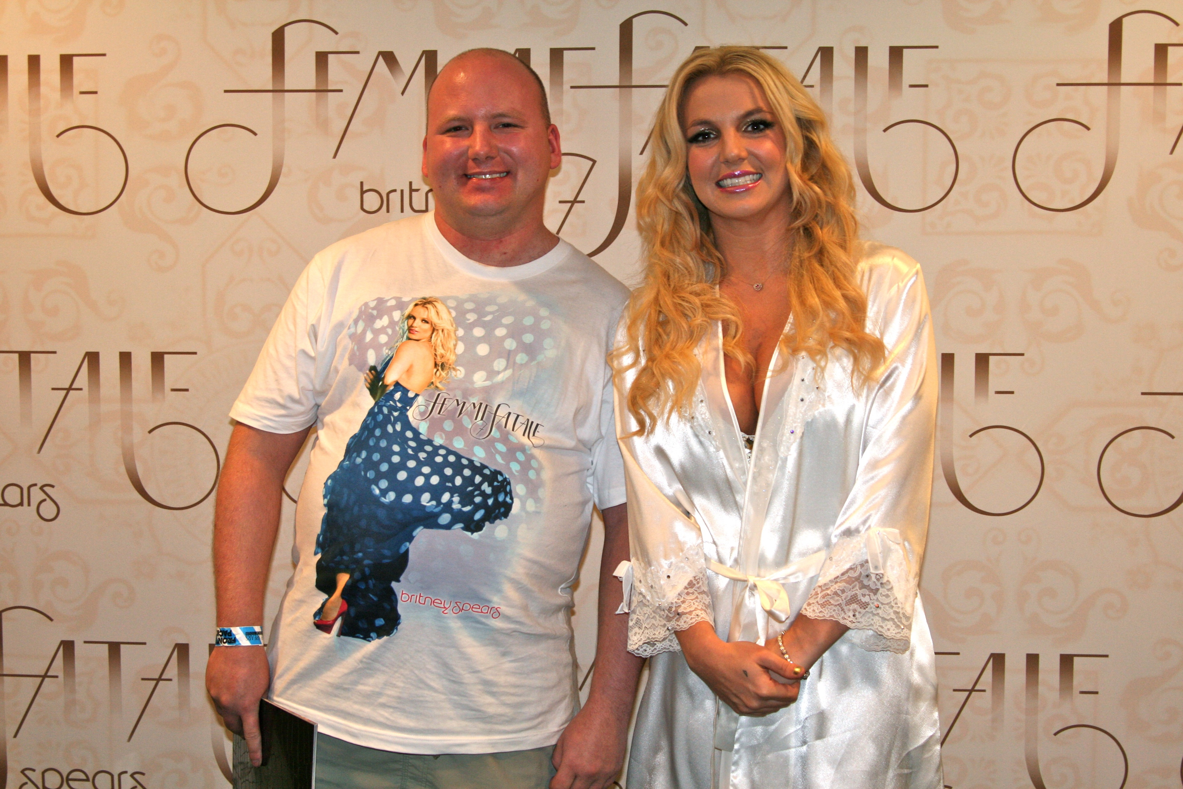 Meet greets interactive michaelxperience 20 britney spears m4hsunfo